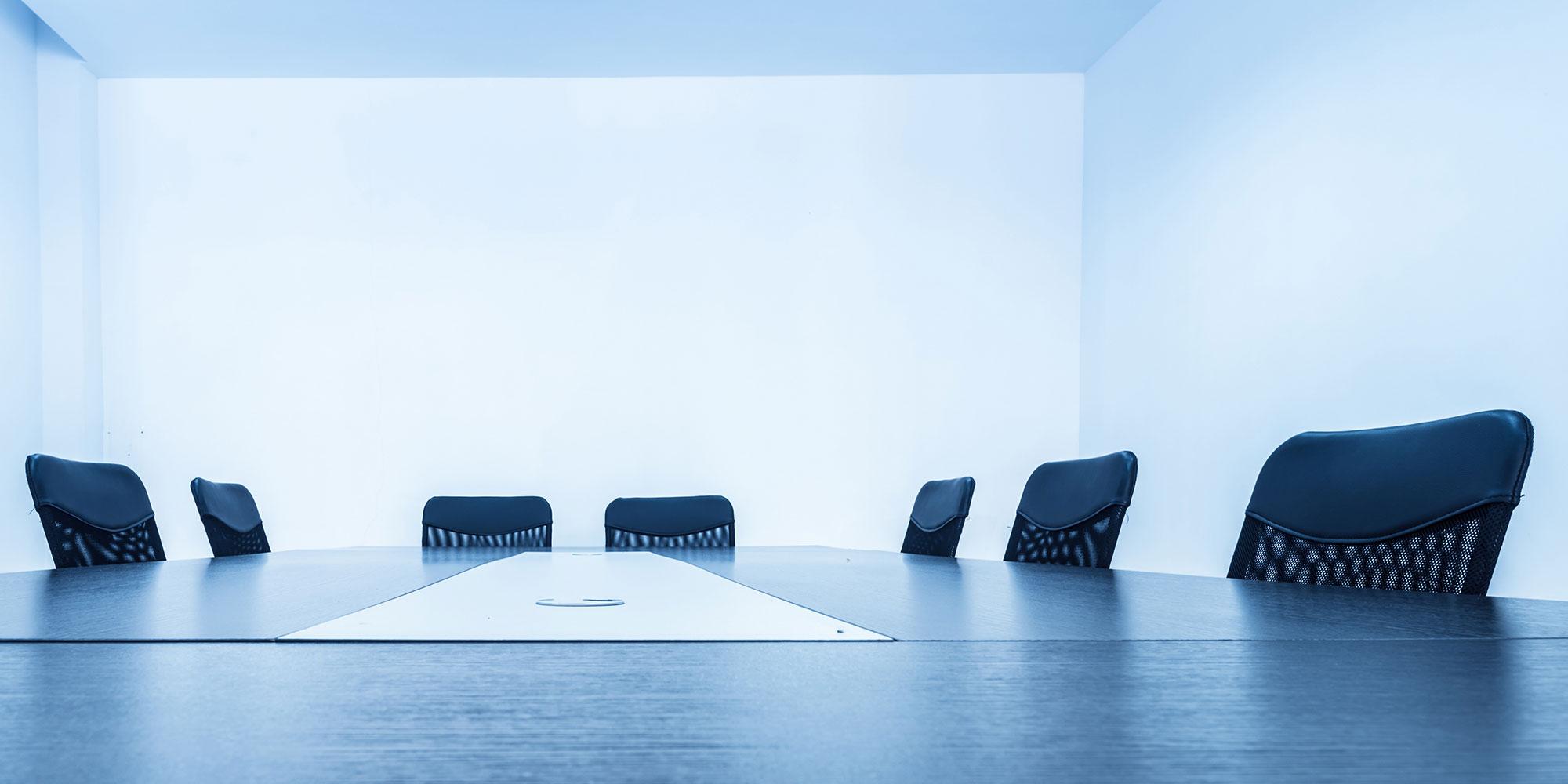 τραπέζι συνεδριάσεων, εικόνα της σελίδας για ασφαλίσεις επιχειρήσεων από τη generali
