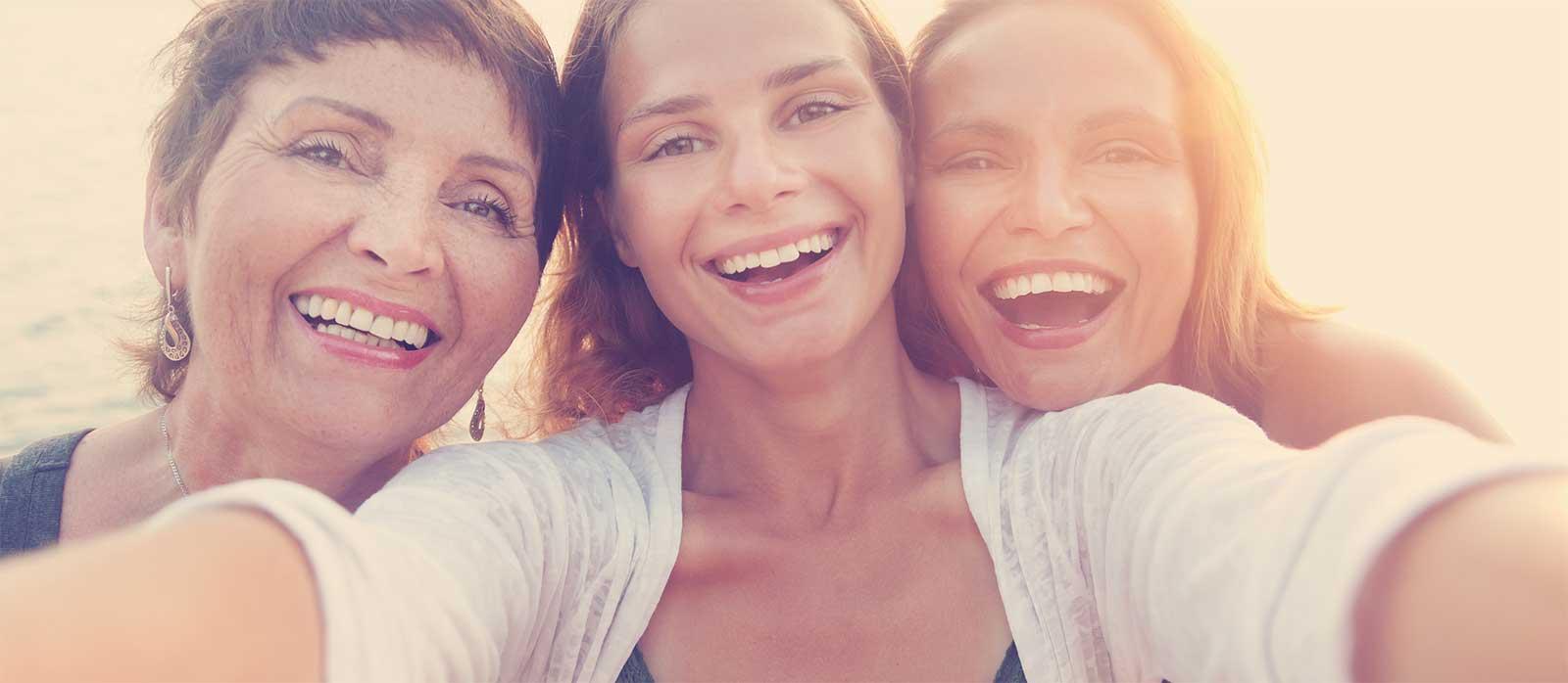 εικόνα τριών γυναικών από το header της σελίδας ιδιωτική ασφάλεια generali