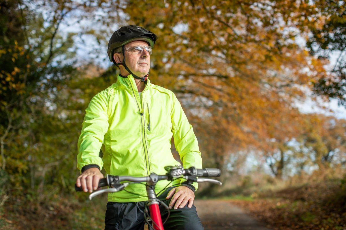 Σωματική άσκηση μετά τα 50: Πώς να μείνετε σε φόρμα